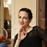Chanteuse Lyrique Recherche Espace Avec Piano