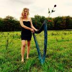 Harpiste Chanteuse électrique Cherche Lieu Pour Coeur