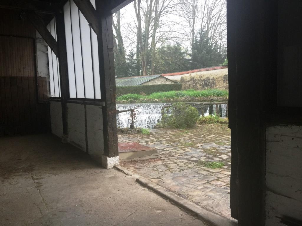 0583ccf8c8680 atelier atypique ( ancien moulin ) dans la région parisienne – Host ...