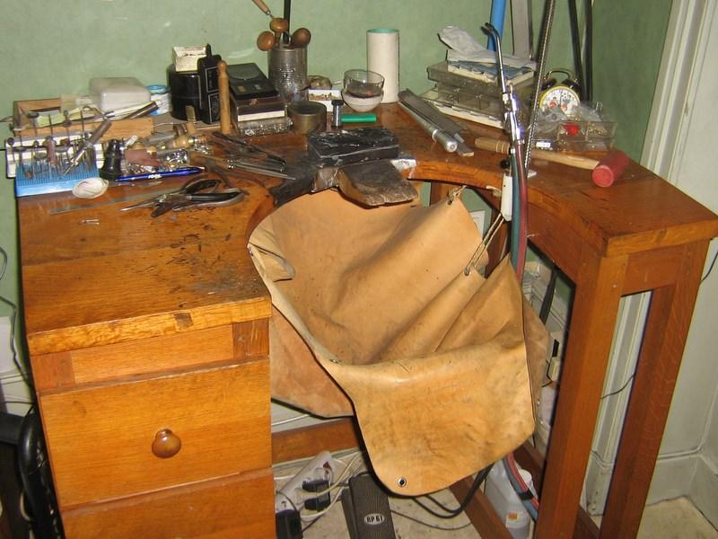 propose petit espace de travail métal/bijoux
